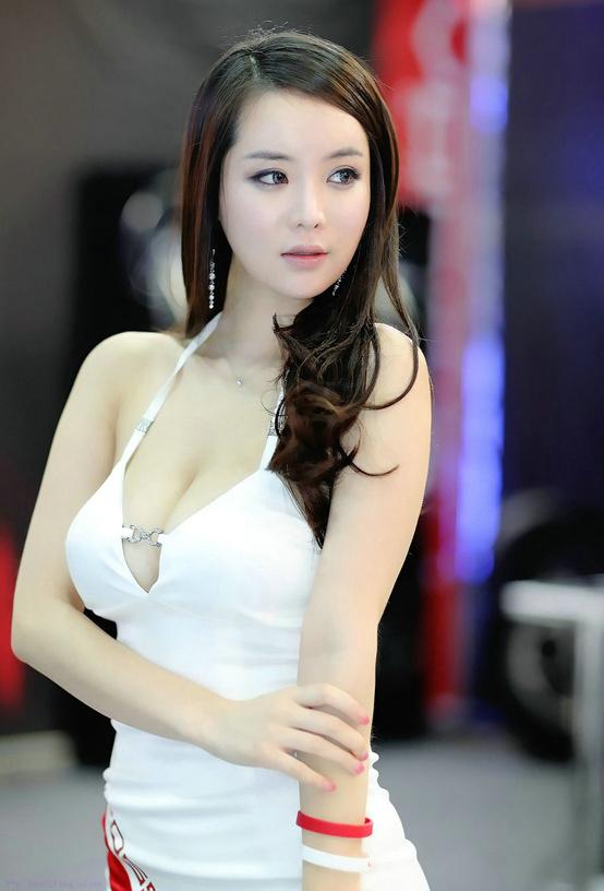 Sexy NYC Escort Asian Model